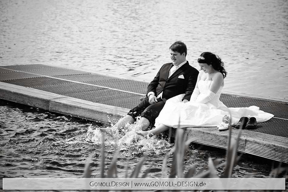 ausgefallene Hochzeitsfotos Geschenkidee Hochzeitstag Fotoshooting Trash the Dress Hochzeitsfotograf Hochzeitsfotos
