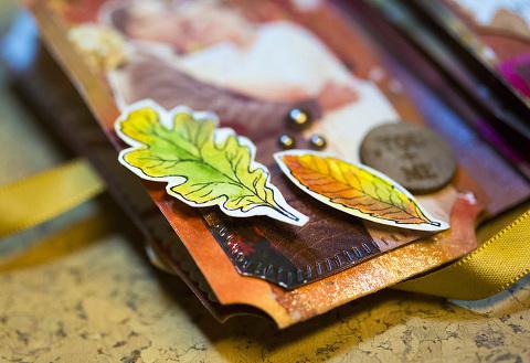 Tonic Studios Legacy Keeper Wallet Dies Mini Flipbook by Andrea Gomoll